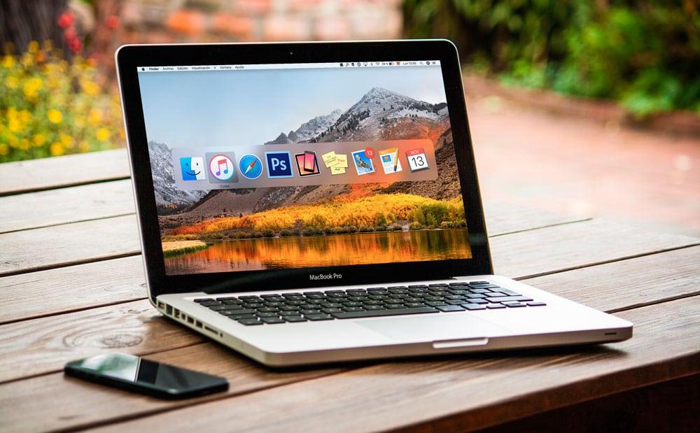 Aprende cómo usar el teclado de tu Mac para navegar entre aplicaciones con atajos de teclado