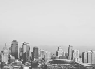 FlyOver ciudad Skyline