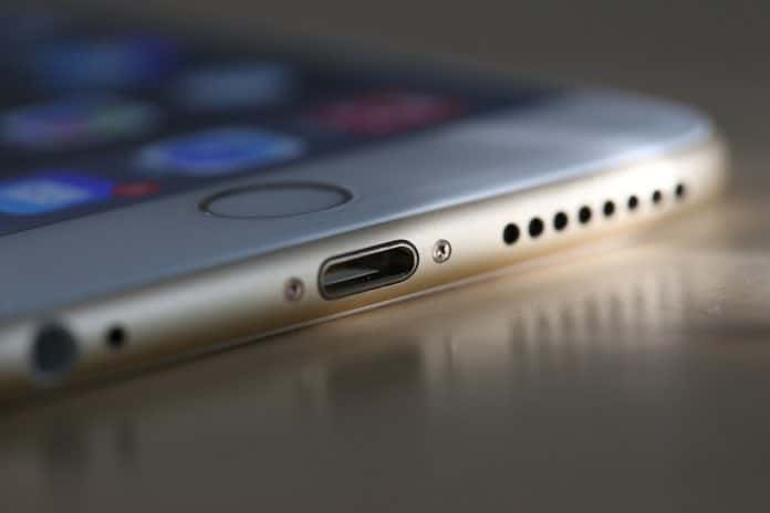 Mi iPhone no carga lightning-Howpple