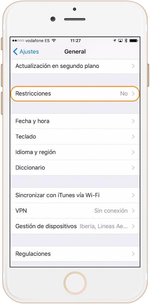 Evitar que alguien borre aplicaciones iOS restricciones-Howpple