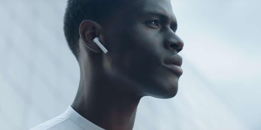 Aprende como personalizar las pulsaciones en los AirPods de Apple