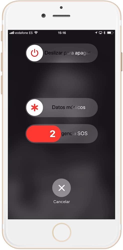 Activar la llamada de emergencia en iPhone manteniendo los botones laterales