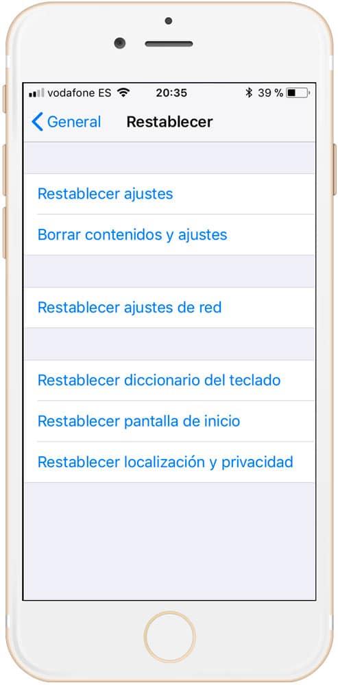 restablecer y borrar datos para ganar espacio en iPhone