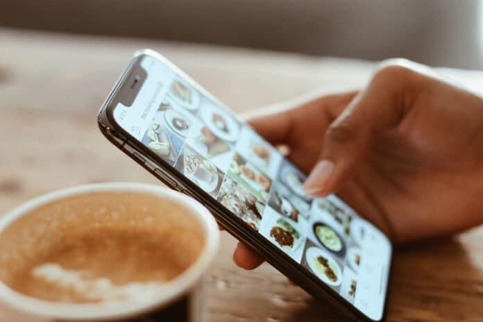 Cómo ordenar fotos de un álbum en iPhone y iPad