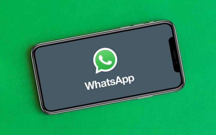 Cómo añadir filtros a los videos de WhatsApp en iPhone
